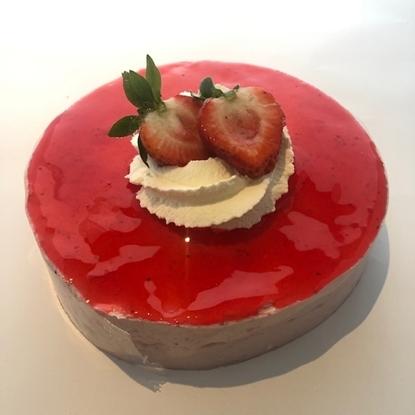 Afbeeldingen van aardbeien bavaroise taartje